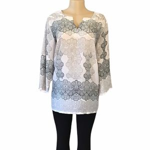 Violet + Claire Ivory Printed Blouse NWOT